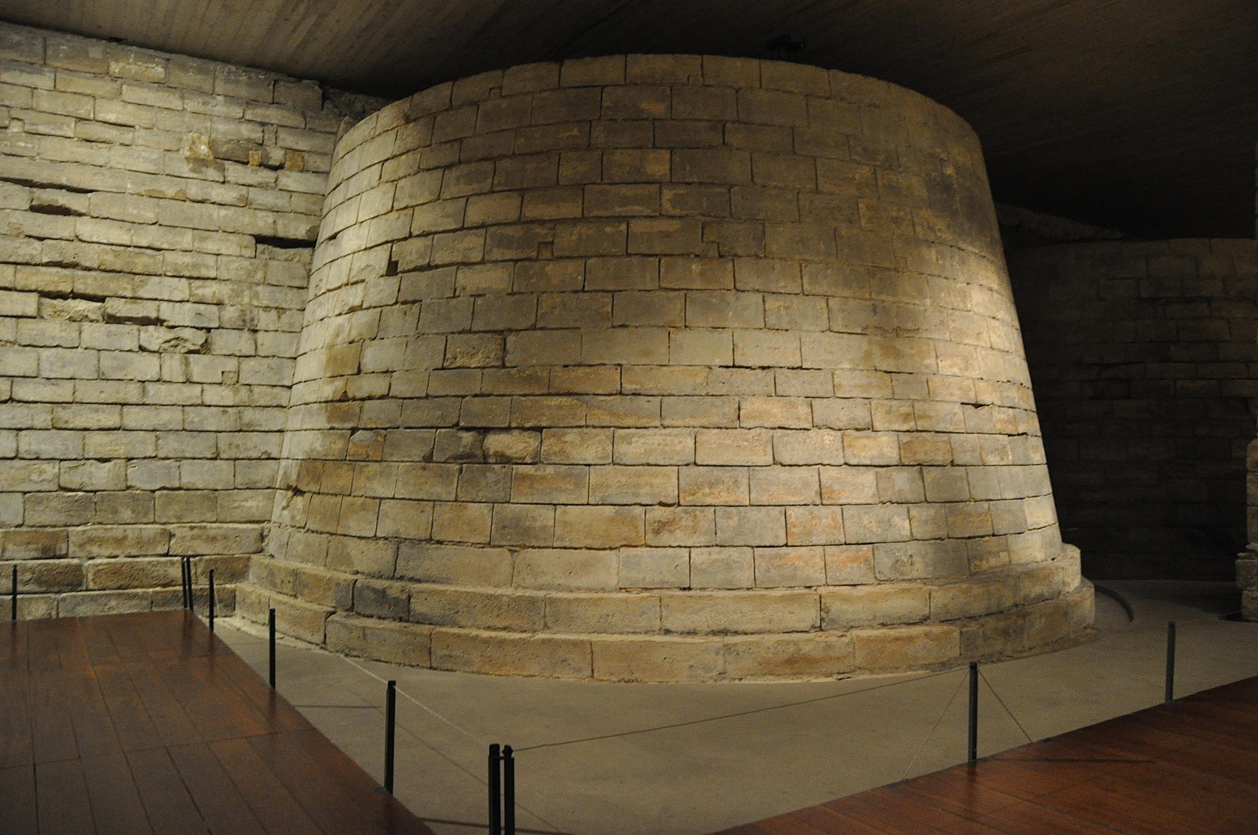 Le Louvre médiéval, sous sol du Louvre