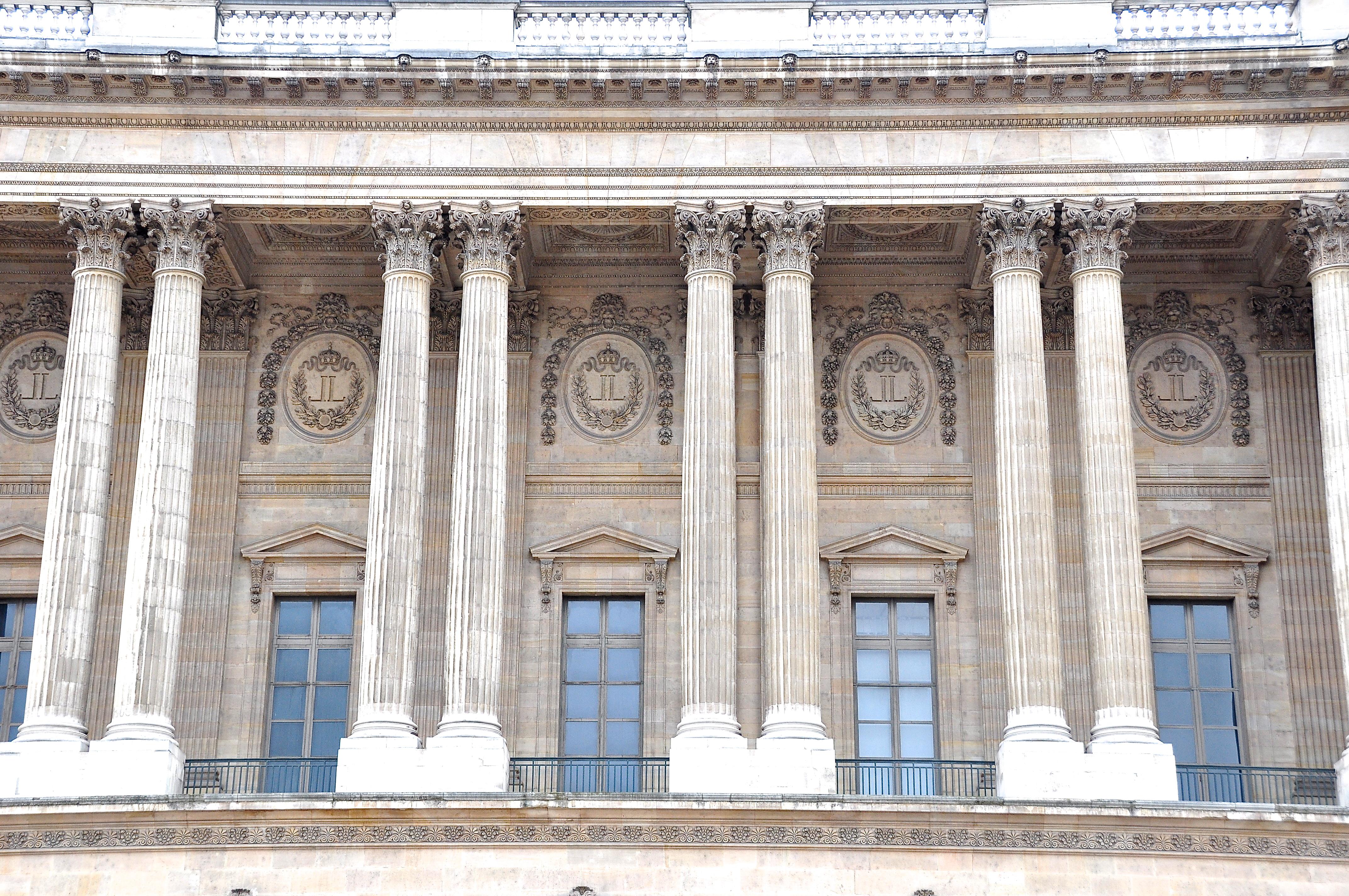 Colonnade de Perrault, façade orientale du Louvre, Paris